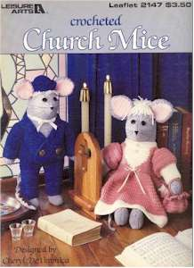 Crocheted Church Mice
